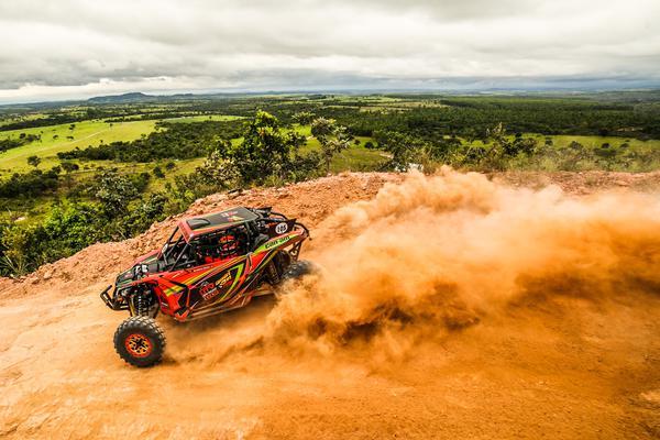 O piloto Maurício Rocha é o atual campeão do Rally Minas Brasil, entre os UTVs